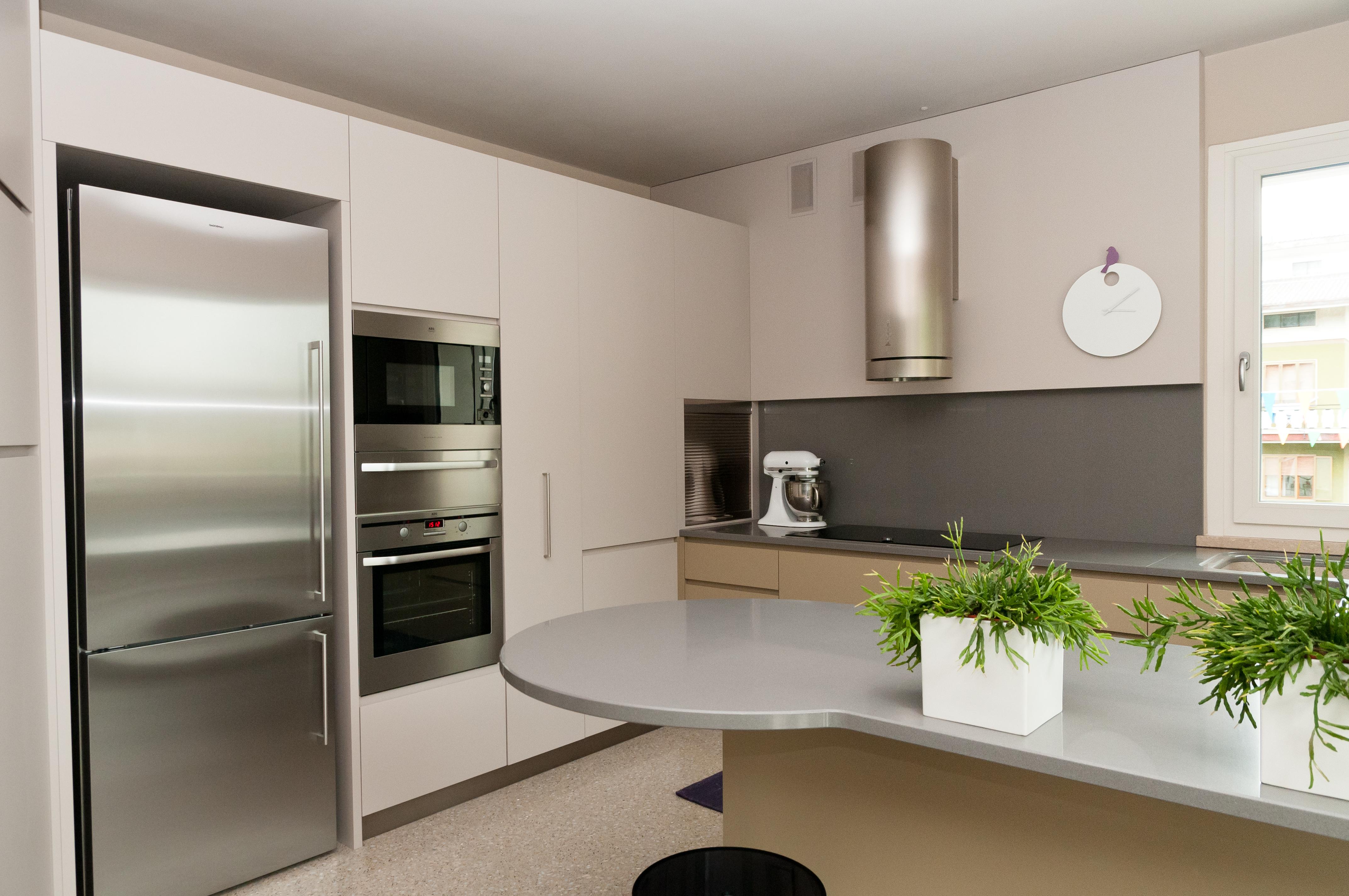 Arredamento su misura classico e moderno baldrani for Arredamento di design tedesco